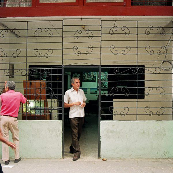 Storefront, Havana, Cuba, 1999 ©Cyndie Burkhardt.