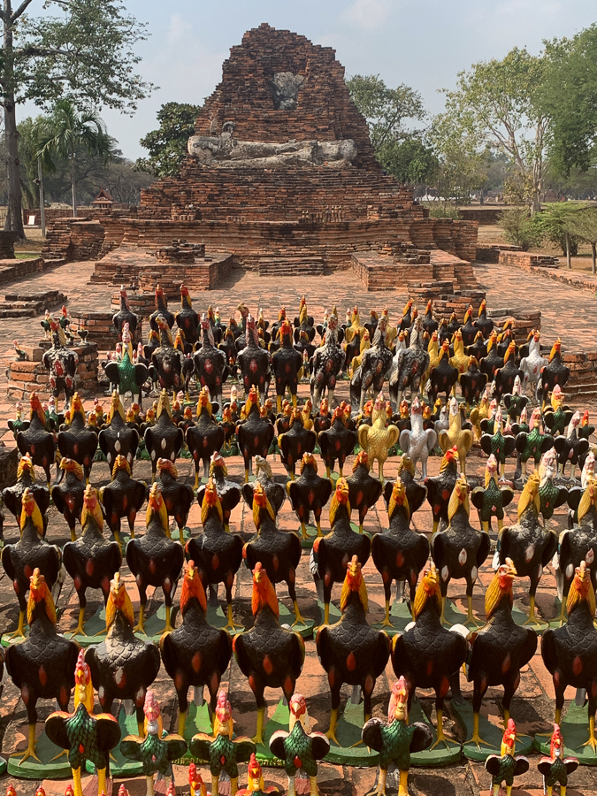 Wat Thammikarat, Bangkok, Thailand ©2019 Cyndie Burkhardt.
